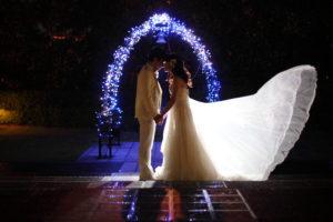 ナイトフォトも素敵です!結婚式の前撮り写真